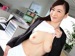 女上司のエッチを覗き見していたら。。。