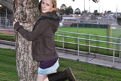 裸エプロンⅡ 美人金髪娘があの全男性の憧れ、裸エプロンに! エイミー