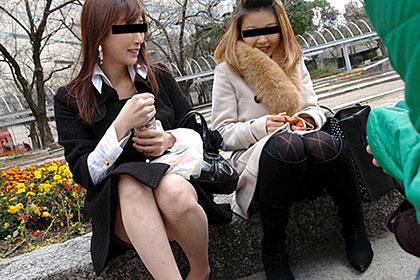 おんな友達と一緒 〜色白の先輩と微乳の後輩、2人まとめて食っちゃいました〜 早川さよ&佐々木奈菜