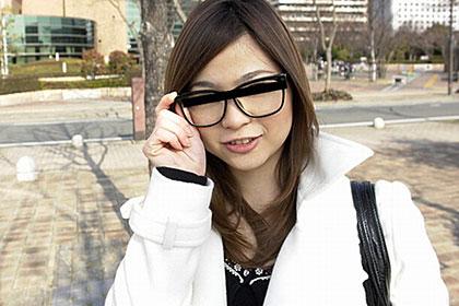 めがね素人 〜プライベートメガネに精子をぶっかけたい!〜 杉本レイナ