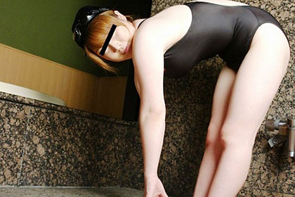 熟女競泳水着 〜透け透け爆乳Fカップ〜野本佳苗