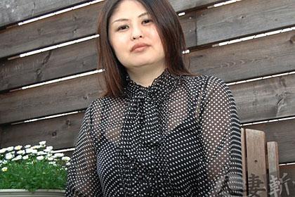 チンポへの愛が溢れる人妻 石村美絵子