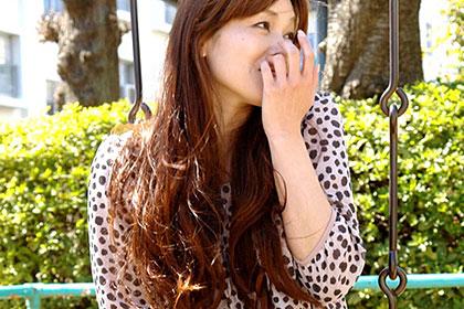 団地妻のおもいきッて逆ナン1 第一話 美脚美熟女 加納瞳