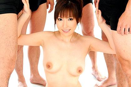 【初裏】美熟女アクメ輪姦14連発 横山みれい