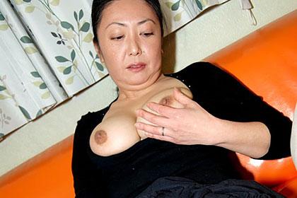 むっちり熟女を責め倒す 桜井文子