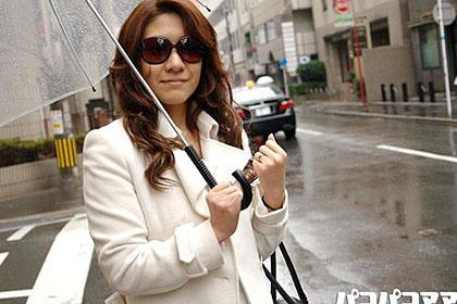 乳デカGカップ 顔出しNG美人妻 戸田美代子