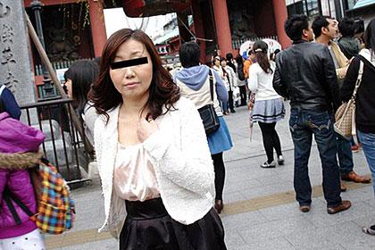 東京23区熟女ハメ廻し 台東区在住の上品マダム 飯田やよい