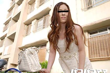 団地妻 フェロモンたっぷりの美熟女 川口真代