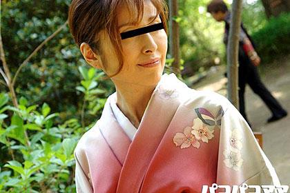 新妻なのにセックスレス 着物姿の巨乳妻 大崎裕美