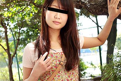 上京したての読書モデルを生ハメ 相川奈美