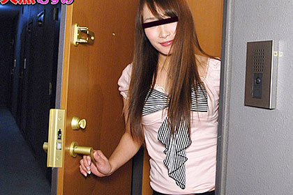 ひとり暮らしのお部屋拝見 ガチ勃ちチ●コ大好きな美痴女 相川美由紀