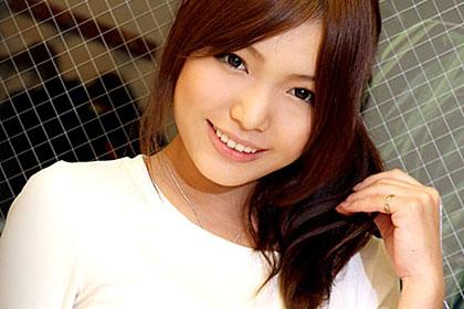 ウブで純情な美少女 めぐみのドキドキ二十歳の淫らな経験 篠めぐみ