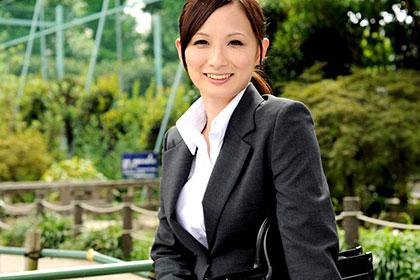 ミスコン優勝経験あり! 美白&Fカップ巨乳娘を就職面接で生ハメ3P! 悠希めい