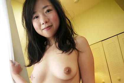 濃厚ディープキスで濡れまくる美乳若妻 広田紗彩