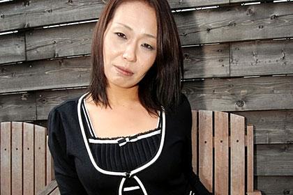 結婚10年目で吹っ切れました 悶える四十路妻 叶井志摩子