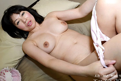 熟妻の豊満おっぱい 熟肉を満喫 横井茂子