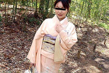 あのごっついスケベな奥さんが?! 和服姿でアナル調教 濱田美咲