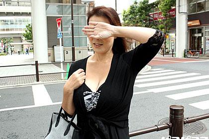 東京23区熟女ハメ廻し 荒川区在住のメガトン爆乳熟女 片桐沙代子
