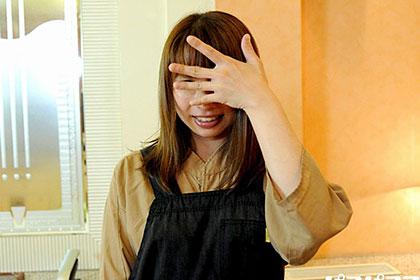 働く地方のお母さん 焼肉店勤務 とっても可愛い3児の母 吉井絢子