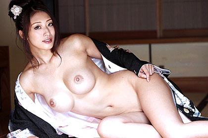 【初裏】姉と弟が絡み合う禁断の性交舞踊 小早川怜子