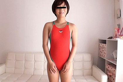 桃尻 ミニモニJK 派手な競泳水着で騎乗位エッチ ノゾミ