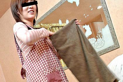 素人のお仕事 親切丁寧なラブホの清掃係員 山口彩