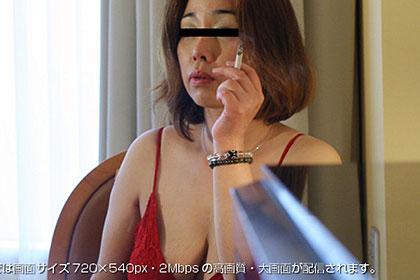 行きつけのスナックのママ 春日紀子 43歳