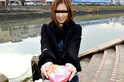 バレンタイン プレゼントのチョコで一緒に変態プレイしよっ♪ 紗倉梨央
