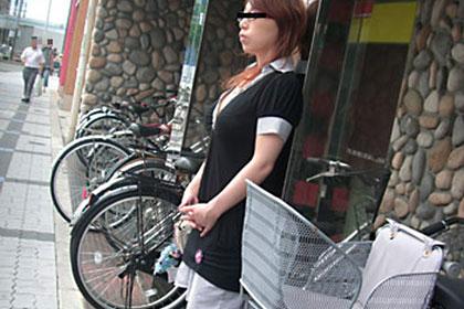 人妻投稿映像 パチンコにハマった懲りない主婦