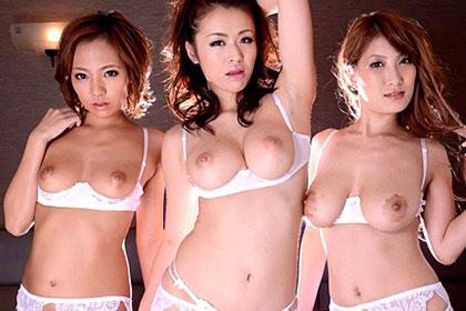 巨乳で痴女で絶品ボディの女たち Vol.10 HIKARI 新山かえで 美月優芽