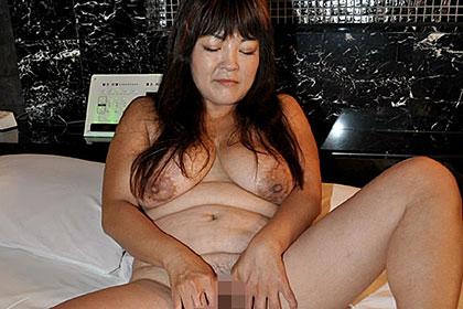 久井千枝子 51歳