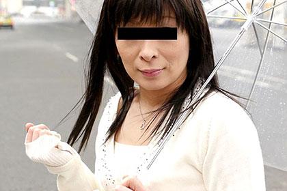 スッピン熟女 あの現役ソープ嬢で中出しOKパイパン妻の素顔公開! 小林沙希