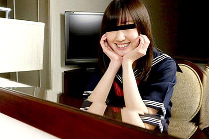 制服時代 セーラー服を着た女子校生フェラはいかが? 沢野美香