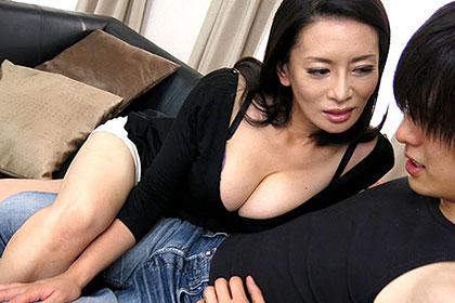 極濃筆おろし 〜童貞狩り〜 3000人斬りの跨り美熟女 北島玲
