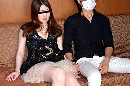彼氏の目の前で彼女が!? Part13 男優の熱い精子を彼女の膣内に流し込む! 富岡由紀