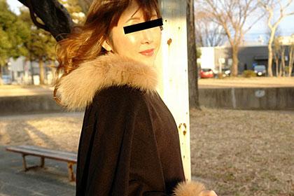 「お酒だけが活力」という欲求不満とストレスを溜め込んだ人妻 会田早紀