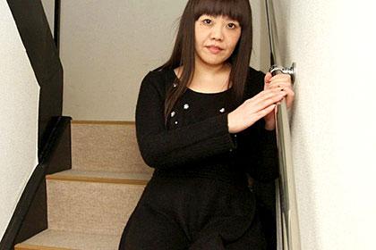 やわらか肉のむっちり人妻 横井真由子