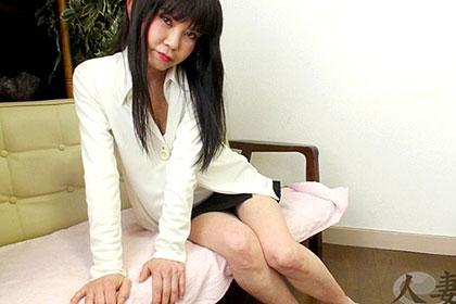 生チンポに取り憑かれた熟妻 鎌田慶子