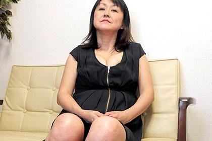 おばさんとヤリまくり! 中尾美佳子