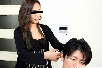 働く地方のお母さん ~手先が器用なカリズキ美容師~