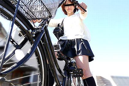 ちゃりん娘 〜ノーパンで自転車に乗ってるうちに興奮してきちゃった〜