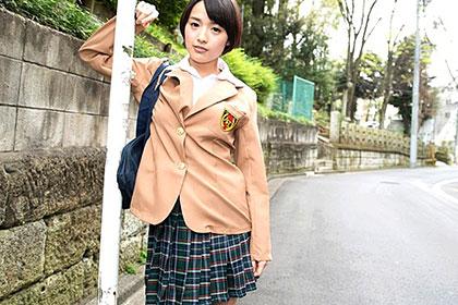 放課後のリフレクソロジー 制服、体操着、スク水で股間を刺激! 羽田真里(向井藍)