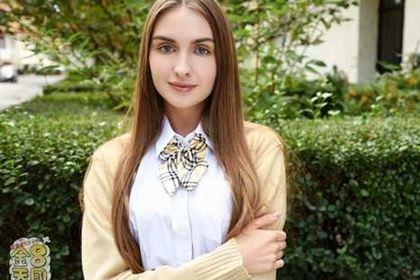 JAPANESE STYLE MASSAGE 18歳清楚な美少女のBODYをタップリ弄ぶ VOL1 Lena Reif