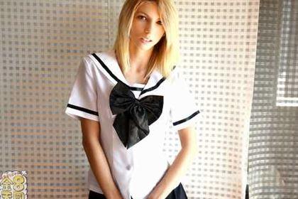 いいなり制服金髪娘に中出し SNSで知り合った感度良好のスレンダー金髪娘 VOL1 Missy Luv