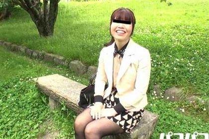とびきりの笑顔でド変態行為をおねだり〜美熟女画報〜