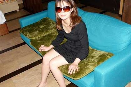 顔出しNG初撮り人妻の顔を精子まみれにしてみた! 幸田洋子