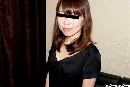 夫に電話をさせながら人妻をハメる おわん型の美乳奥さんと・・・ 松波ようこ