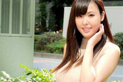 Gカップのいい女ととことんヤりまくる 上野真奈美