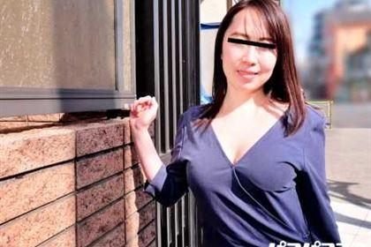 スッピン熟女 篠原さんの素顔 篠原なぎさ
