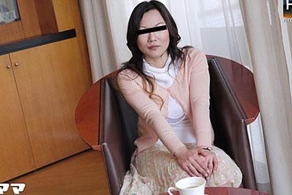 母乳の出るパート主婦 篠崎京子 28歳